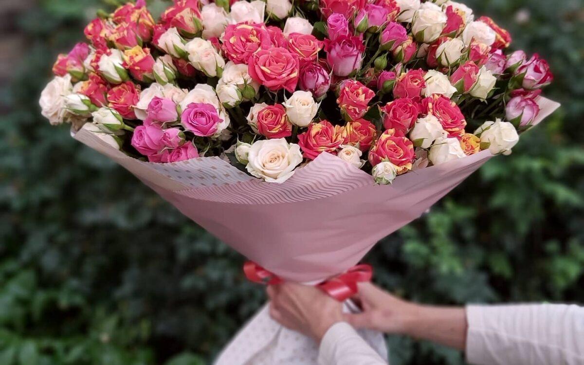 Які квіти подарувати мамі?
